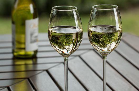 Cinco motivos para apostar nos vinhos brancos