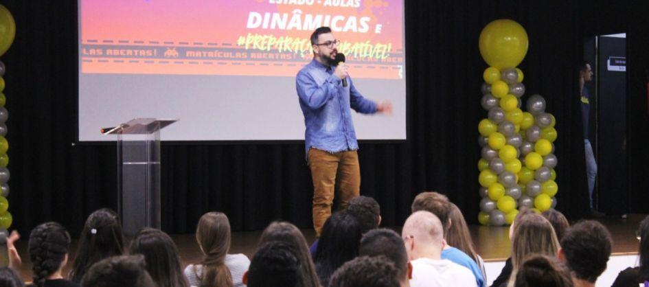 Futurão promove aulão pré-vestibular aberto à comunidad...