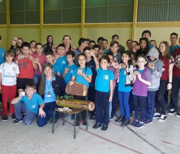 Cooperja realiza oficina de horta sustentável em parceria com a empresa Isla