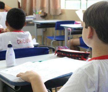 Governo de Criciúma anuncia reajuste de 12,84% no piso salarial dos professores da rede municipal