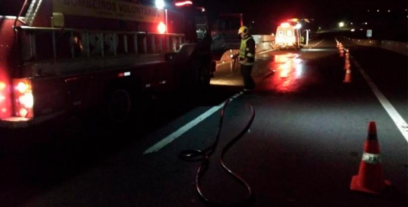 Ciclista morre atropelada por veículo na BR-101