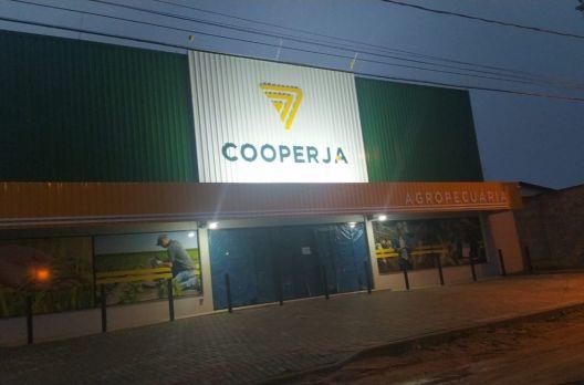 Cooperja inaugura em Araranguá sua 13º loja agropecuária