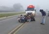 Homem se atira na frente de caminhão após matar esposa estrangulada