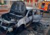 Carro é destruído por incêndio em Içara