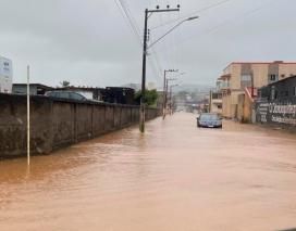 Cidades de SC registram pontos de alagamentos por causa da chuva
