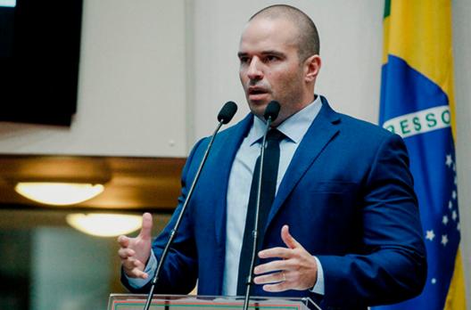 Deputado Jessé Lopes apaga foto polêmica publicada por ele