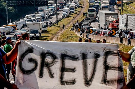 Rodovias de SC terão bloqueios e paralisação de caminhoneiros; veja o que está planeja...