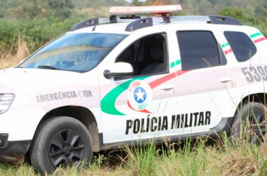 Veículo furtado no Rio Grande do Sul é encontrado em oficina mecânica de Tubarão