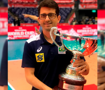 Fisioterapeuta da seleção brasileira de vôlei receberá homenagem da Câmara de Araranguá
