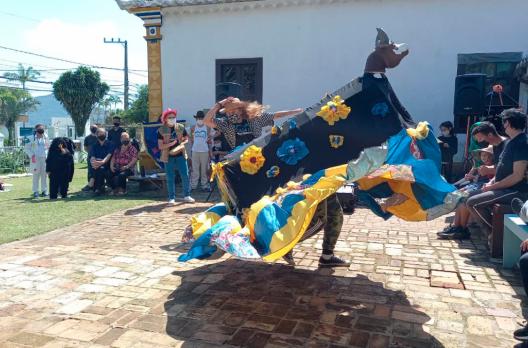 Boi de Mamão da Casa da Fraternidade realiza intercâmbio em Florianópolis
