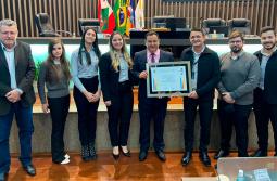 Cresol recebe reconhecimento da Câmara de Araranguá