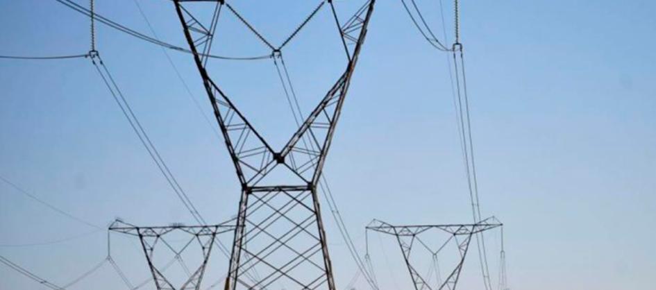 Governo diz que não há grande economia de energia com hor...