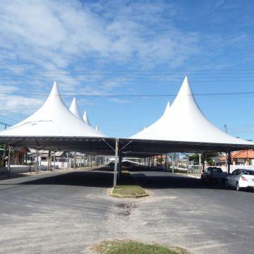 Megaestrutura recebe últimos preparativos para a XXX Arrancada de Caminhões
