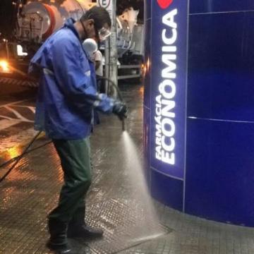 SAMAE de Araranguá inicia higienização e desinfecção de espaços públicos