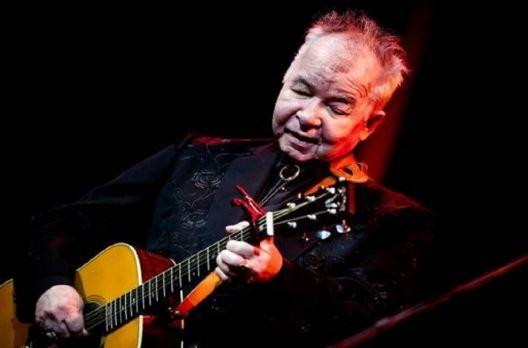 John Prine, lenda da música folk, morre aos 73 anos de covid-19