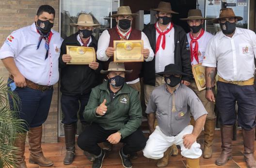 CTG Galpão de Estância homenageia cabaneiros