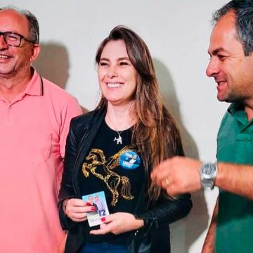 Deputada Paulinha firma compromissos com Pinto e Nito
