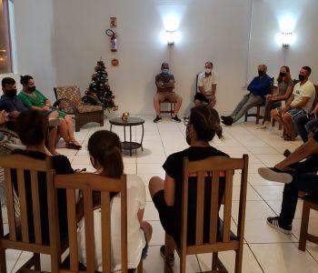 Grupo se reúne e firma parceria para ações de educação e conscientização ambiental