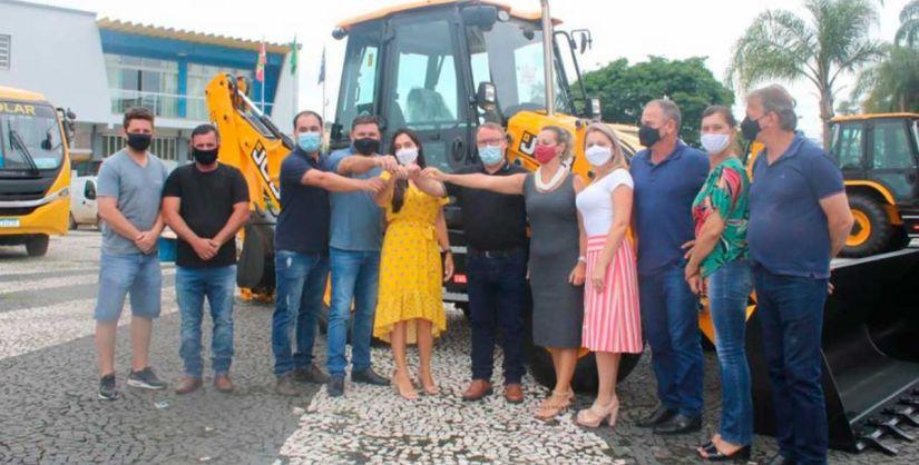 A deputada federal Geovania de Sá (PSDB) passou por Meleiro