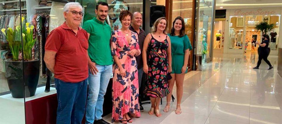 Ângela Monteiro inaugura loja no Shopping