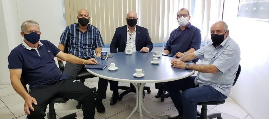 Balneário Arroio do Silva recebe visita do presidente do C...