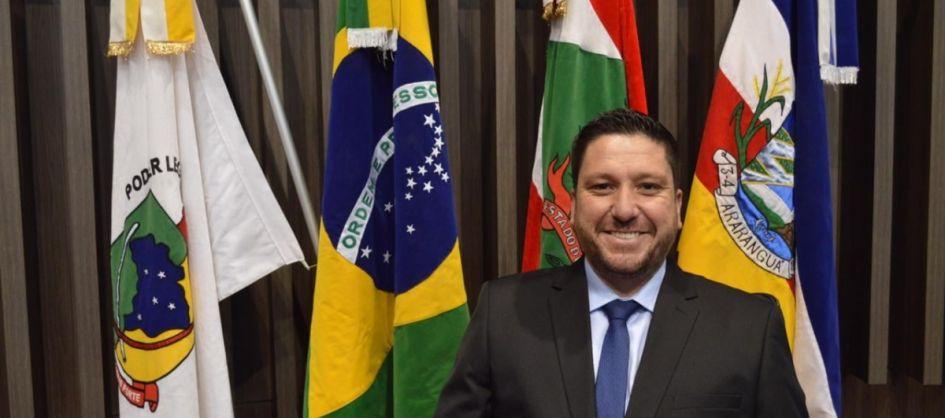 INCLUSÃO: Samuca Nunes quer implantação de rampas de ace...