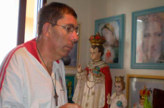30 mil terços foram distribuídos por Vaninho Batista, divulgando Festa de Nossa Senhora ...