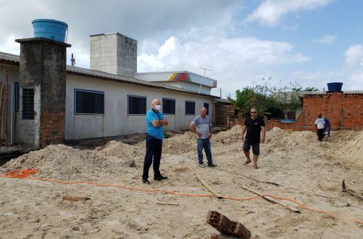 Arroio do Silva inicia construção do novo refeitório da Escola Municipal Jardim Atlânt...
